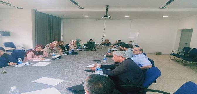 لقاء تواصلي بمركز التأهيل البحري بطنجة حول موضوع مشاريع محو الأمية الوظيفية بقطاع الصيد